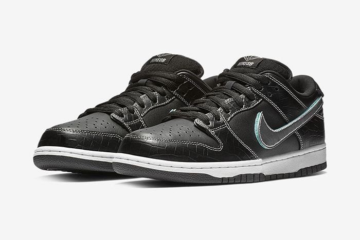 Diamond Supply Co Nike Sb Dunk Low Black Official 1