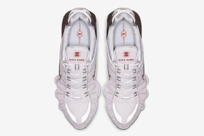 Nike Shoz White Metallic Silver Av3595 100 Above Shot