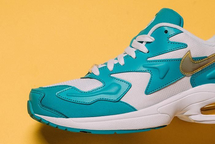 Nike Air Max 2 Light Teal Nebula Front Section Shot