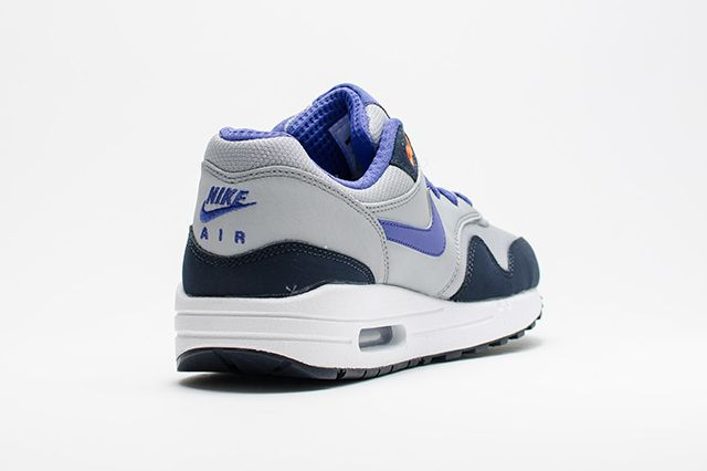 Air Max 1 Wmns Wolf Greypersian Violet 3