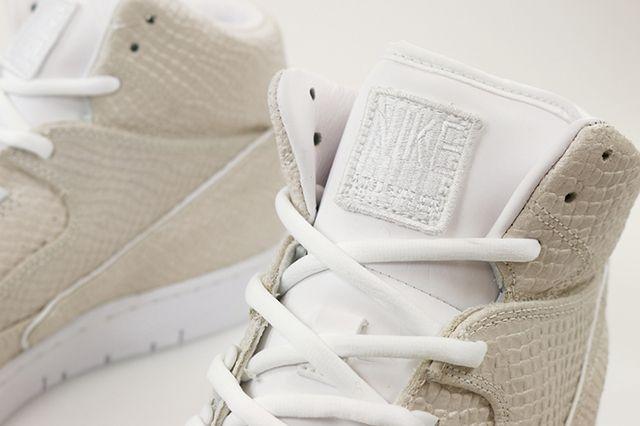Nikepythontz White2