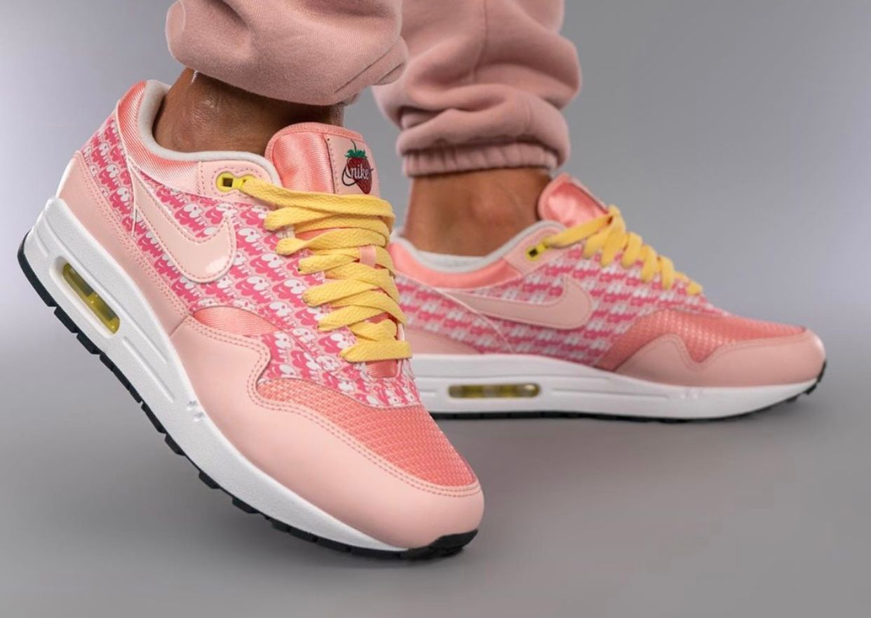 Nike-Air-Max-1-Strawberry-Lemonade-