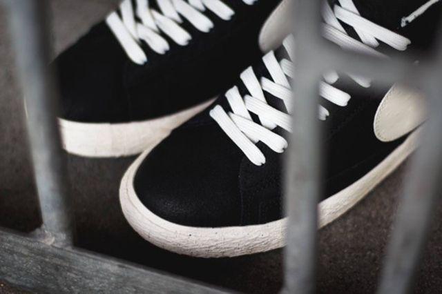 Nike Blazer Mid Premium Vintage Black White 5