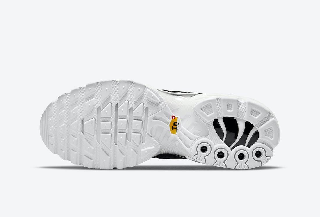 Nike Air Max Plus Black/White