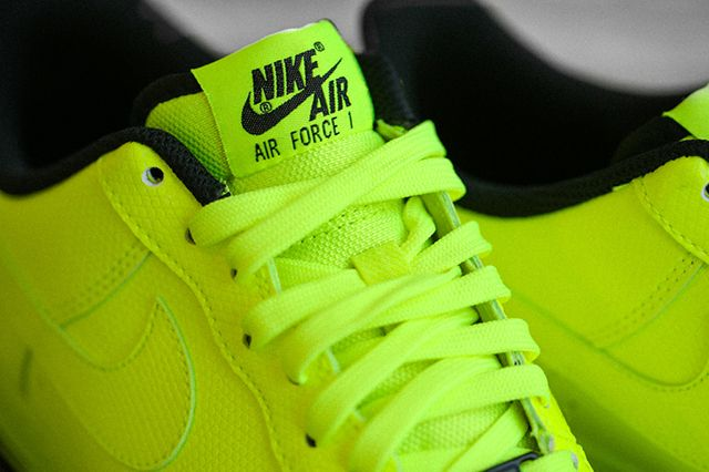 Nike Air Force 1 Low Volt 2