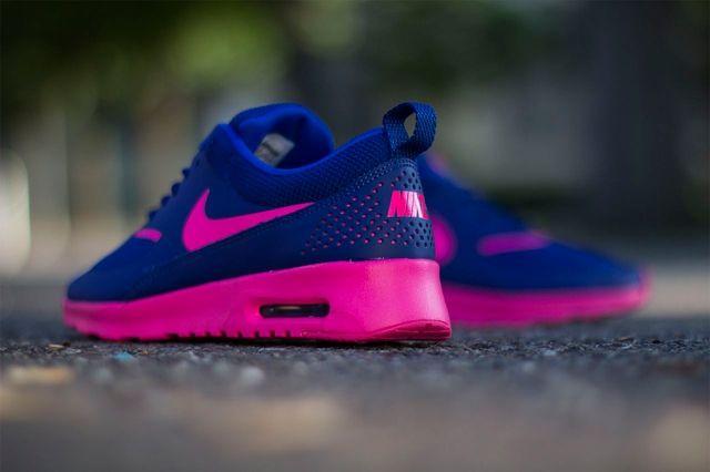 Nike Wmns Air Max Thea Deep Royal Blue Hyper Pink 1