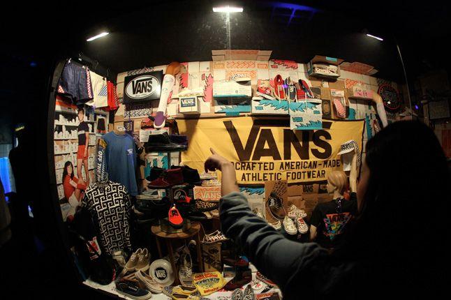 Henry Davies Exhibition Of Vans 1