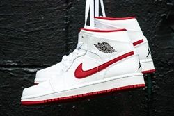 Air Jordan 1 Mid White Gym Red Thumb