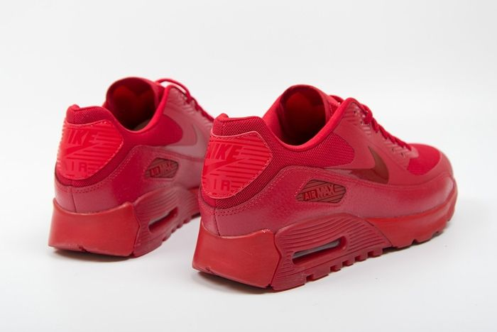 Nike Am90 Ultra Gym Red Uni Red Foot District Bump 2