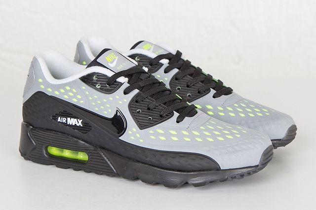 Nike Am90 Ultra Br Neon End Bump 2