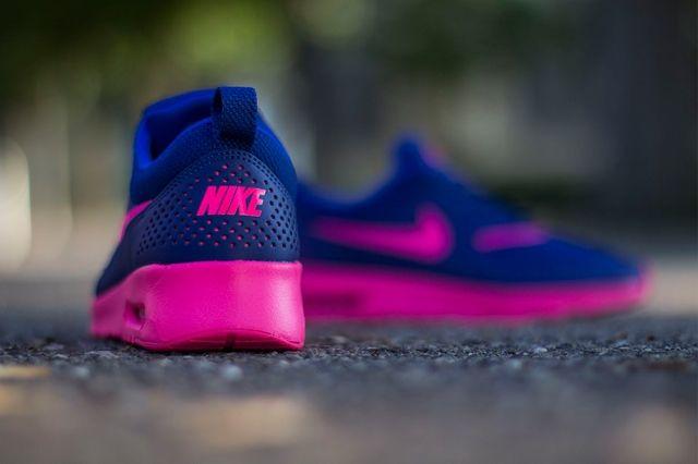 Nike Wmns Air Max Thea Deep Royal Blue Hyper Pink 2