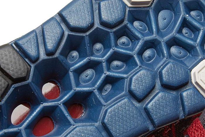 Nike Undercover Gyakusou Zoom Streak 6 2