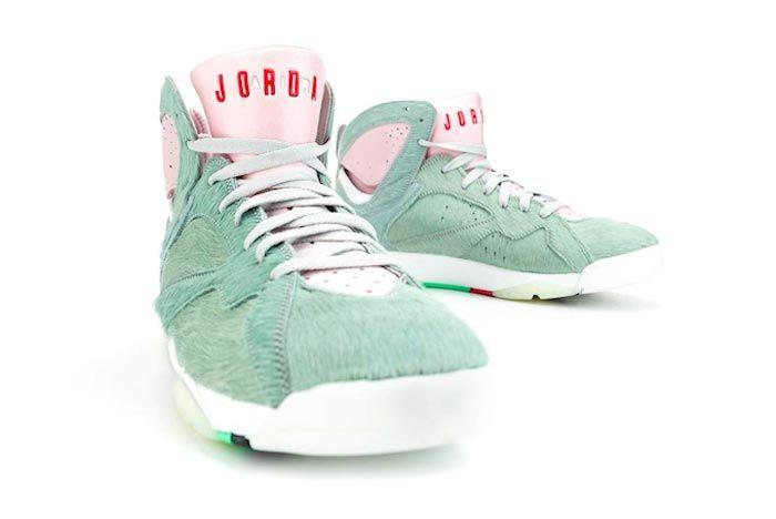 Air Jordan 7 Hare 2 0 Front