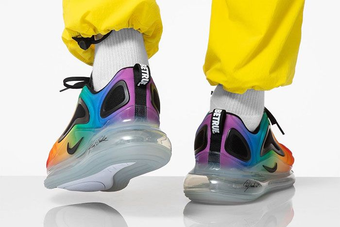Nike Air Max 720 Be True Cj5472 900 On Foot Heel Shot