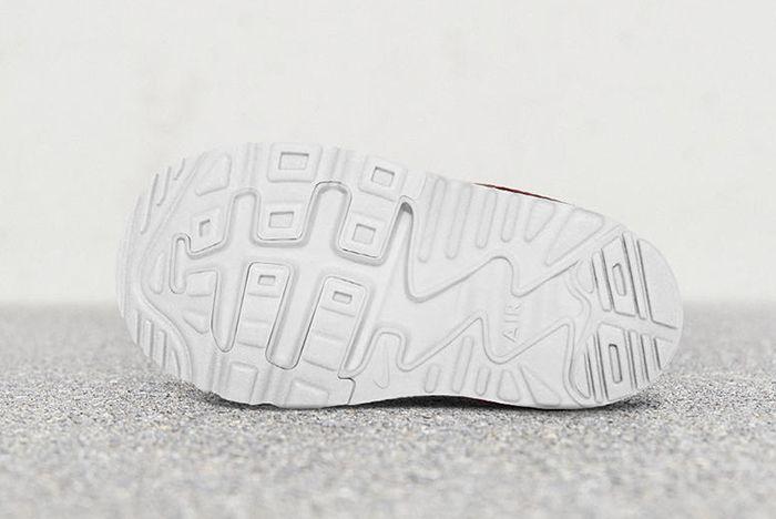 Nike Air Max Tiny 90 2