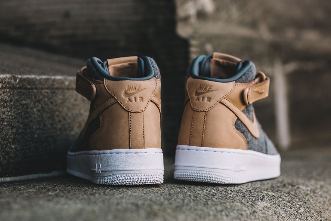 Nike Air Force 1 07 Mid Leather Premium Oatmeal 1