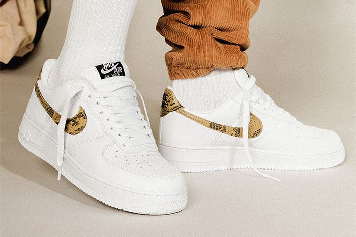 Nike Air Force 1 Low Ivory Snake 2019 Retro Ao1635 100 Release Date Hero