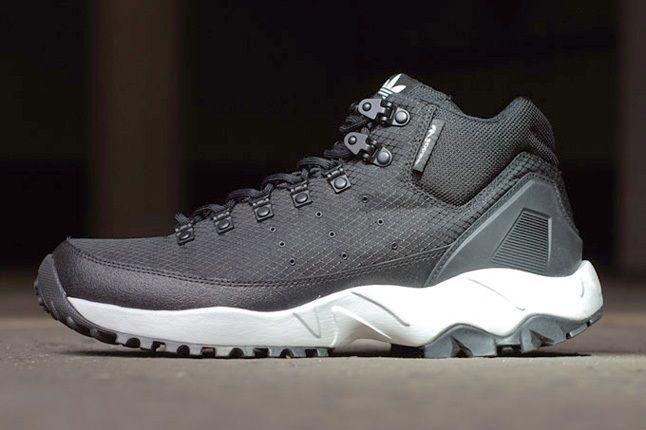 Adidas Torsion Trail Nightblk Profile