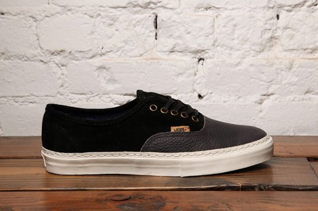 Dqm Vans Authentic Lx Suede Leather Pack Side 1