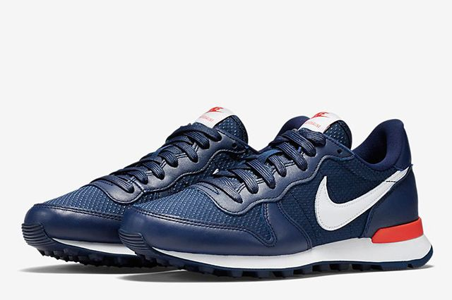 Nike Wmns Internationalist French Open Navy 3