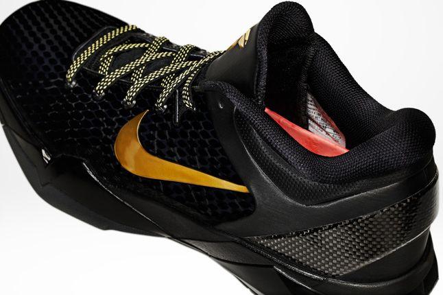 Kobe 7 Elite Black 04 1