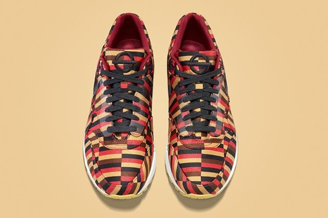Nike X Roundel By London Underground Air Max Collection 3