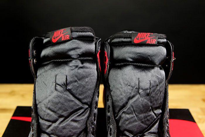 Air Jordan 1 Satin Bred 7