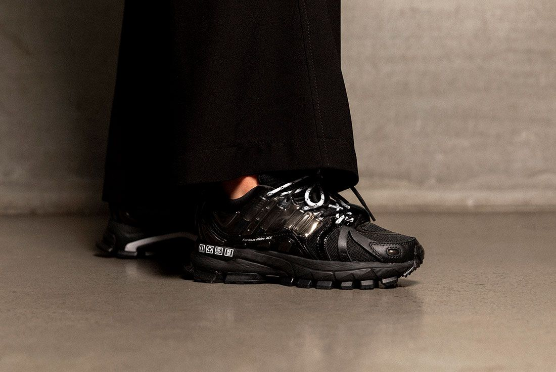 Hypedc Li Ning On Foot 02