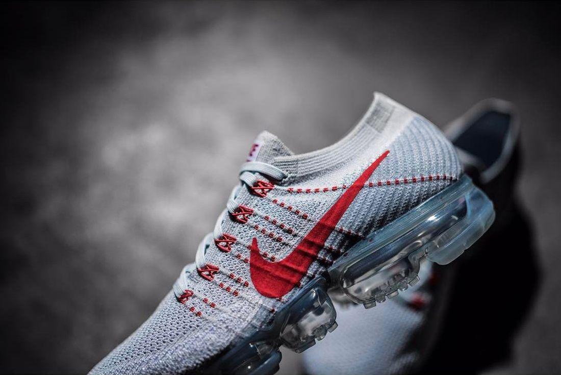 Nike Vapormax University Redgrey 3