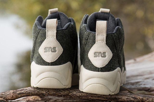 Sneakersnstuff Reebok Kamikaze Herringbone Heel