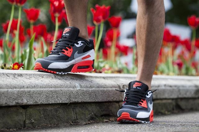 Nike Am90 Infrared Reverse 4