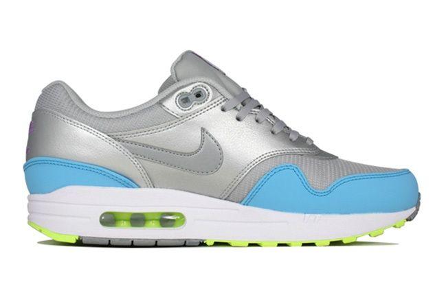 Nike Air Max 1 Fb Metallic Grey Light Blue Volt Profile 1