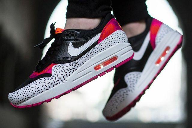 Nike Air Max 1 Fireberry 4