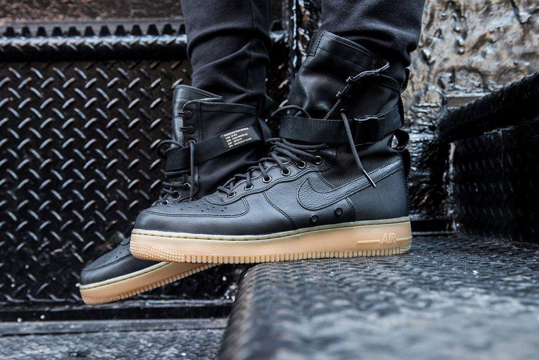 Nike Sf Air Force 1 24