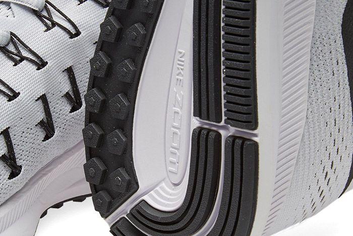 Nike Air Zoom Pegasus 33 White Black 3