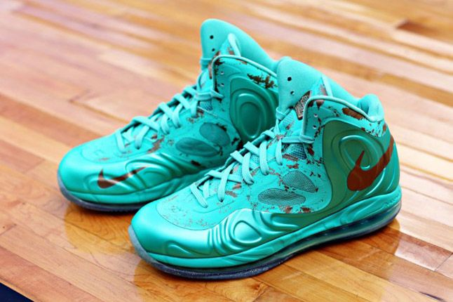 Nike Hyperposite Statue Of Liberty Pair 1