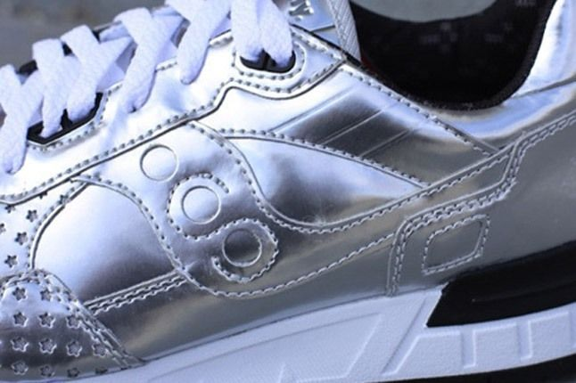 Play Cloths Saucony Silver Detail 1