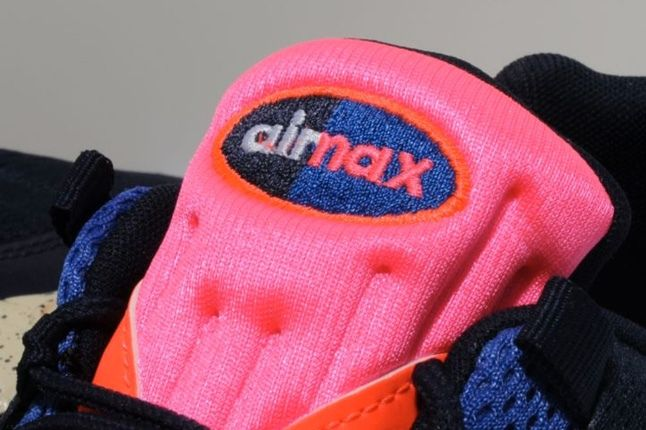 Nike Airmax95 Em Bor Tongue Detail 1