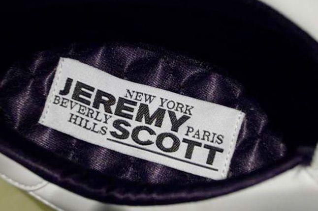 Jeremy Scott Arrow 2