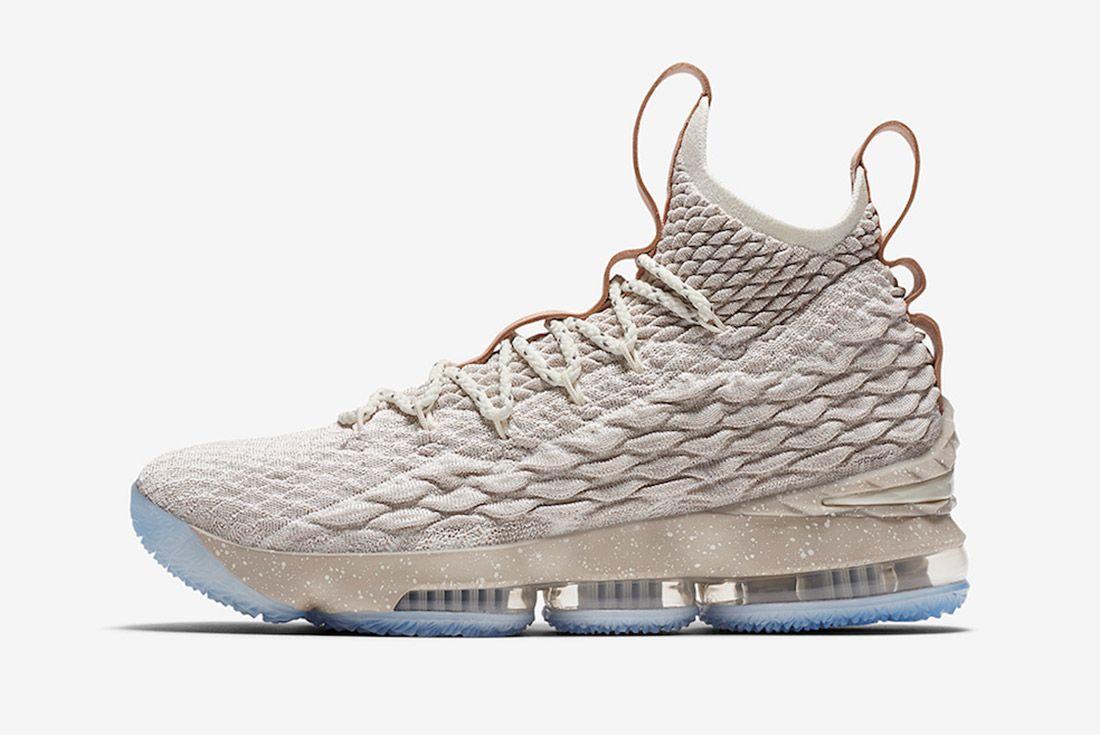 Nike Lebron 15 Ghost 4