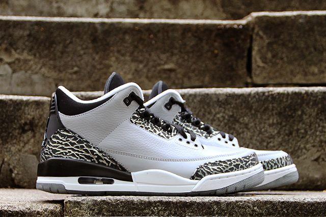 Air Jordan 3 Wolf Grey 11