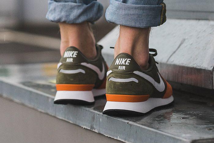 Nike Air Vortex Terra Orange 1