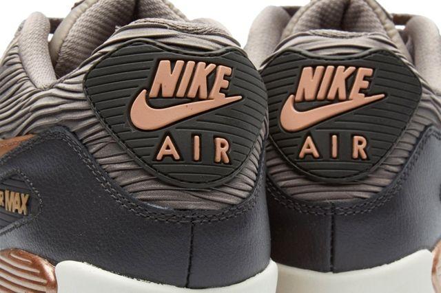 Nike Am90 Rose Bronze Iron Bumper 1