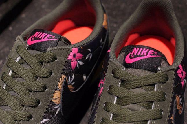 Nike Classic Cortez Nylon Qs Aloha Pack Black Tongue 1