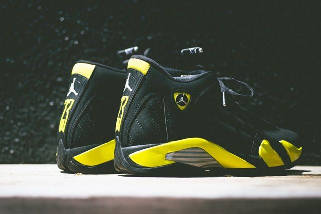 Air Jordan 2014 Thunder Bump 1