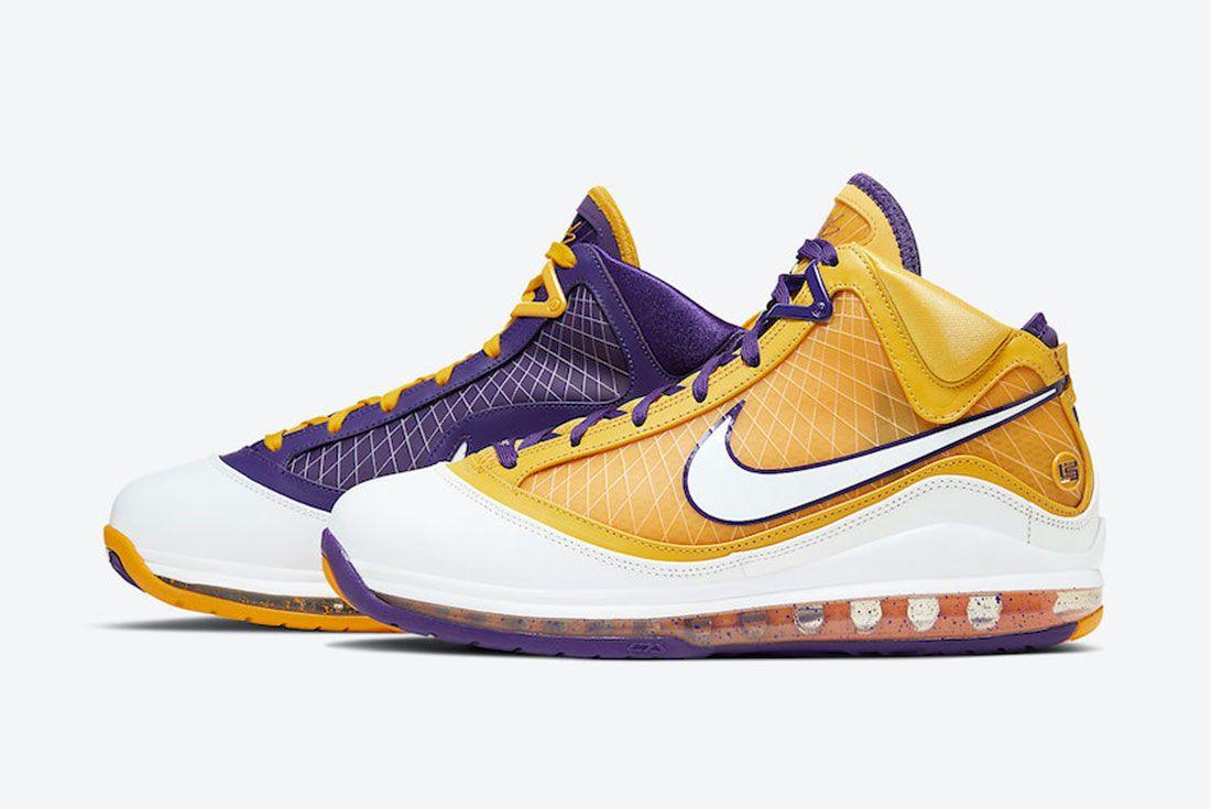 Nike LeBron 7 Lakers Side