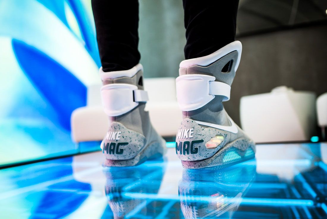 Nike Air Mag Show 3