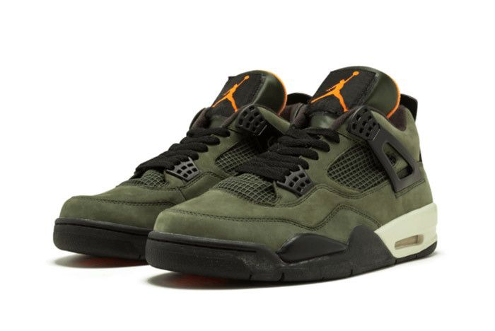 Air Jordan 4 Undefeated 2