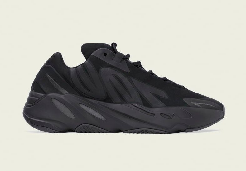 Yeezy BOOST 700 MNVN Triple Black Right
