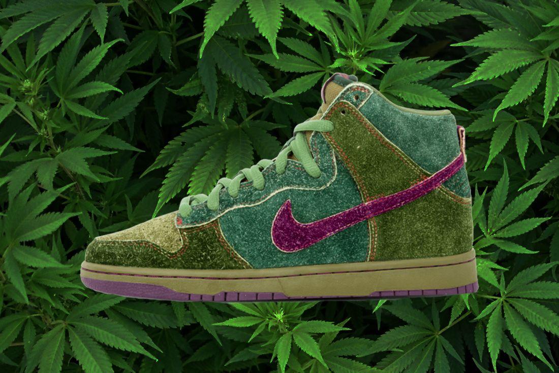 Dopest Weed Sneakers Skunk